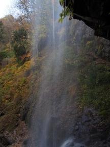 群馬県みなかみ町 裏見の滝