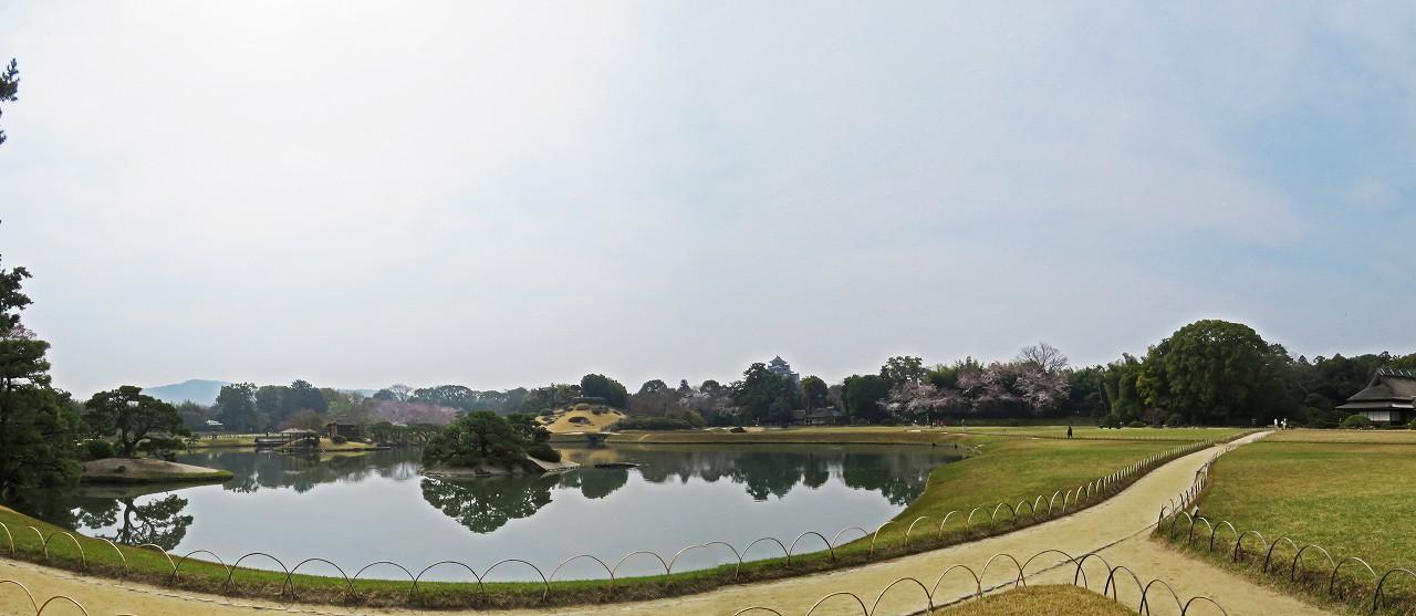 s-20160331 後楽園今日の園内寒翠から眺めた春霞のかかるワイド風景 (1)
