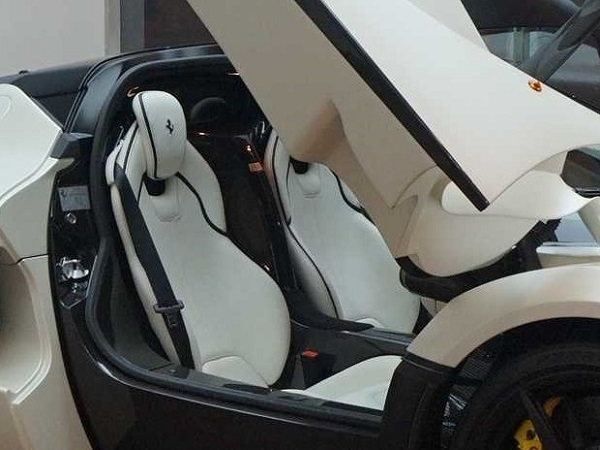 cockpit b