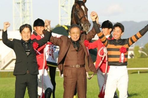 【競馬ネタ大阪杯編】北島とかいう奴が歌えると思ってのこのこ阪神競馬場まで足運んでご苦労なこった