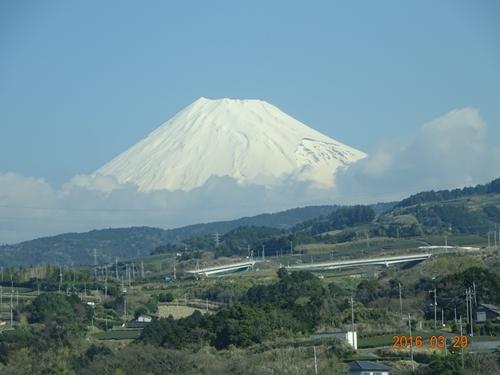 DSC04966新幹線からの富士山