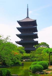 東寺五重塔全体