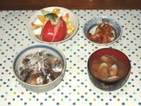 10/28 夕食 さんまの漬け丼、サラダ、キムチ、あさりの味噌汁