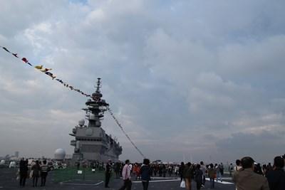 10/17 甲板  護衛艦いずも