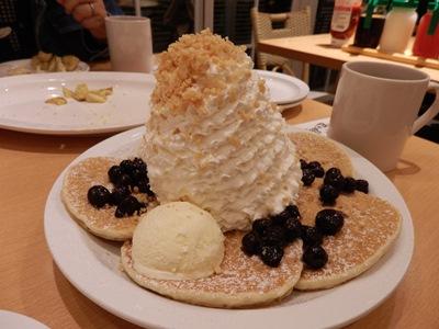 10/17 ブルーベリーのパンケーキ  eggs'n Things