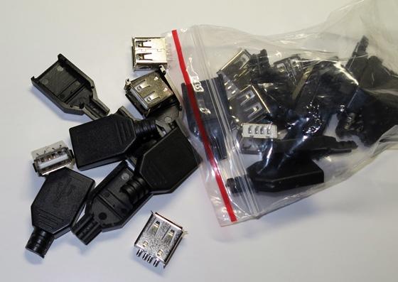 USBコネクタメス