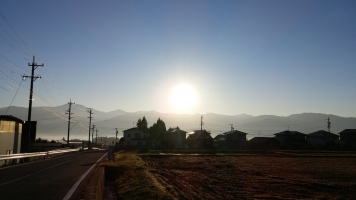 駒ケ根・晩秋の朝陽