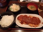 丸の内 ビア チムニー 丸の内店 チーズ付チキンカツ定食(2016/3/10)