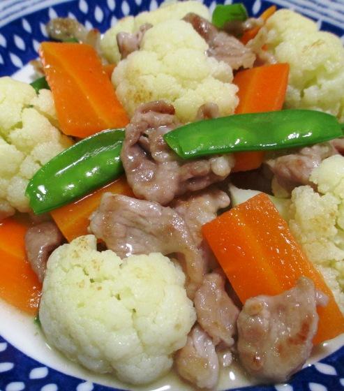 カリフラワーと豚肉の炒め物 大