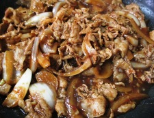 豚こまと玉ねぎの甘味噌炒め 調理⑤