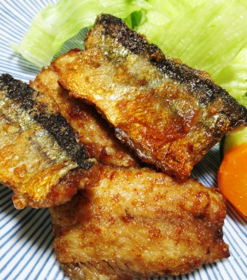 秋刀魚の一味唐揚げ B②