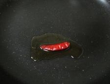 鶏もも肉のパプリカ胡麻ラーユ炒め 調理②