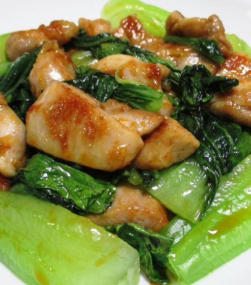 鶏もも肉のパプリカ胡麻ラーユ炒め 大