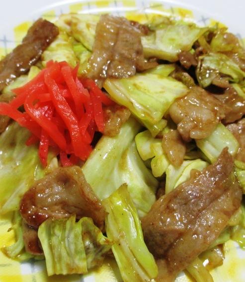 キャベツと豚肉のお好みソース炒め B