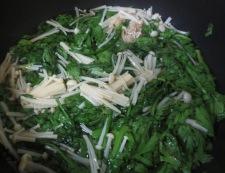 春菊えのき茸 調理②