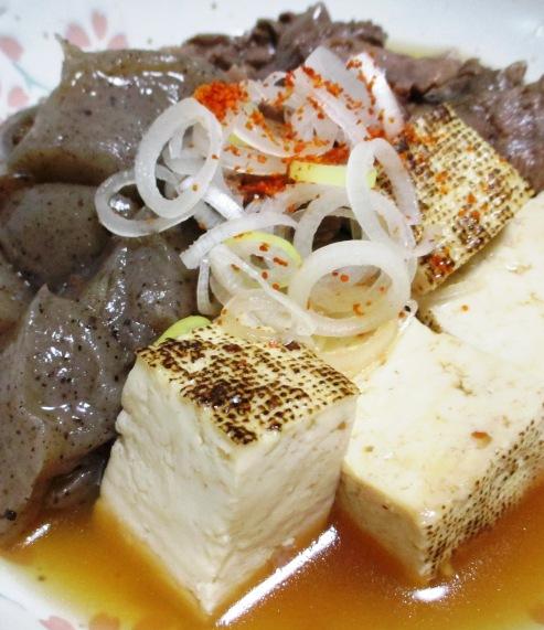 牛すじ焼き豆腐 B
