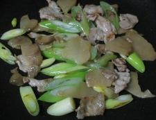 ザーサイと豚肉の炒め物 調理④