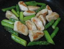 鶏ささみとアスパラの炒め物 調理⑥