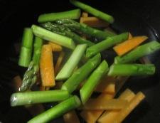 春野菜の胡麻マヨサラダ 調理①