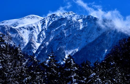 冠雪の仙丈ヶ岳