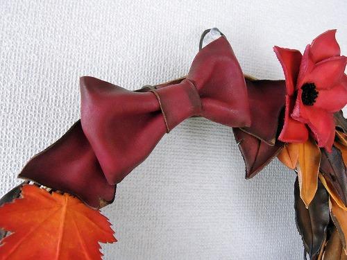 枯葉と紅葉のリース3