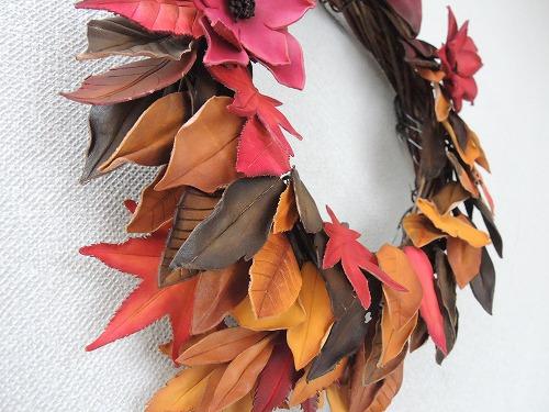 枯葉と紅葉のリース5