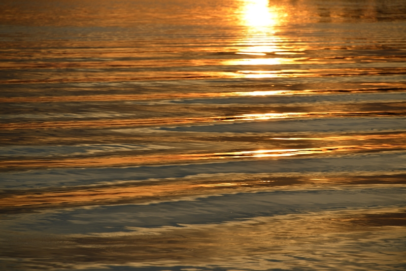 新川港の夕陽-3