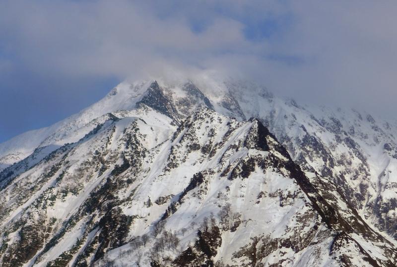 残雪 越後駒ヶ岳-4