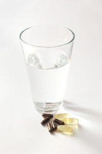水とサプリ02 - コピー