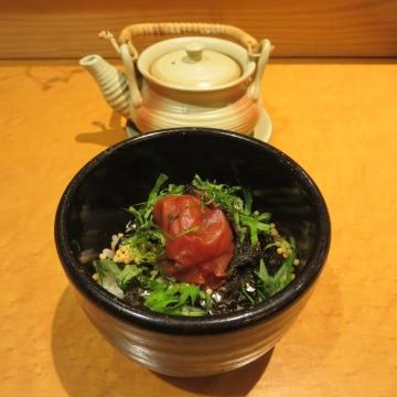 茶漬け(梅のり) 600円、自分でお出汁を注ぎます
