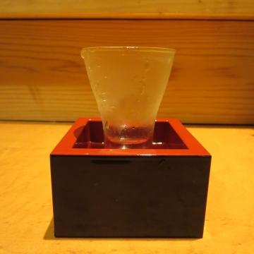 萬歳楽 純米大吟醸ひやおろし グラス900円、晩秋の訪問です