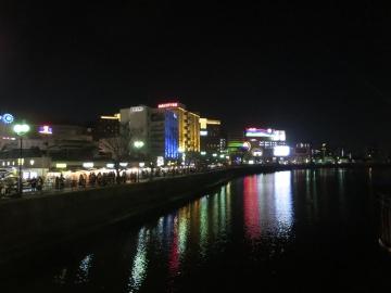 那珂川に映るネオンが綺麗