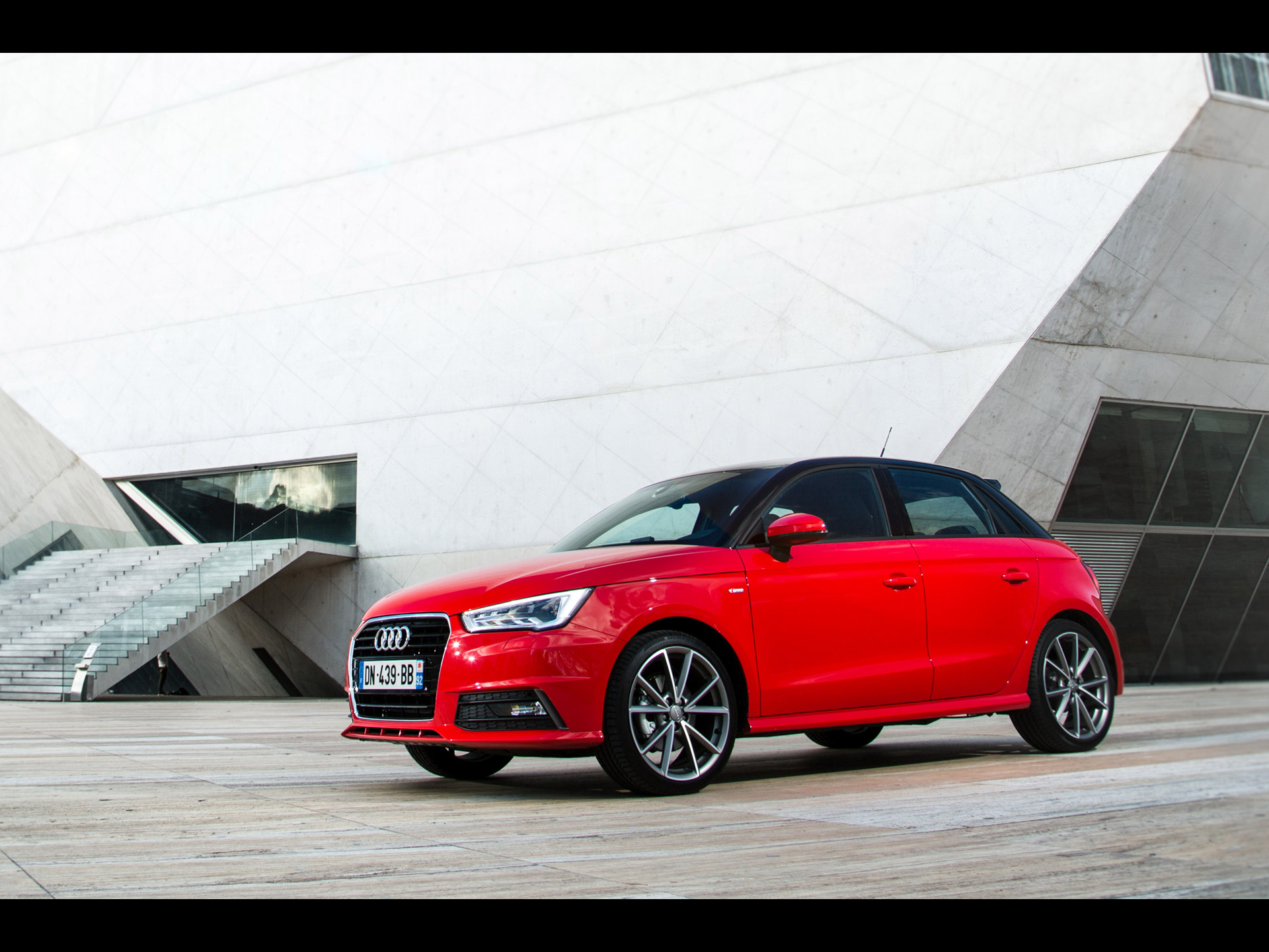 audi a1 sportback tfsi s line 2015. Black Bedroom Furniture Sets. Home Design Ideas