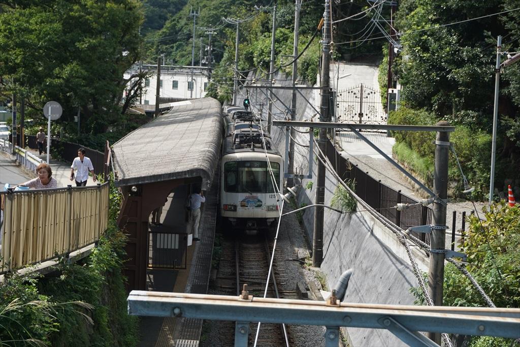 桜橋から見た駅の様子
