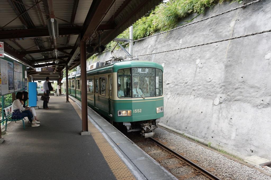 行きかう電車_1