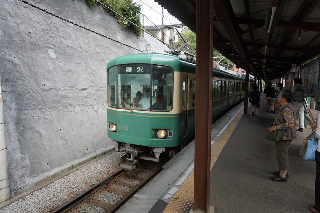 行きかう電車_4
