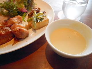 案納芋スープ