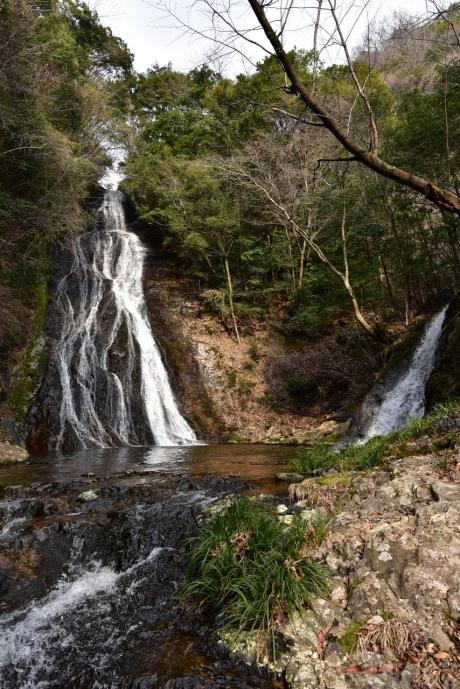 4常光寺の滝