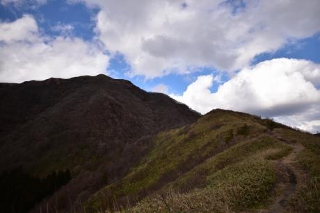 22赤峰山と男三瓶山