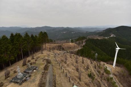 7鶴姫の墓がある丘