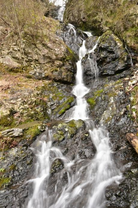 14恋小袖の滝