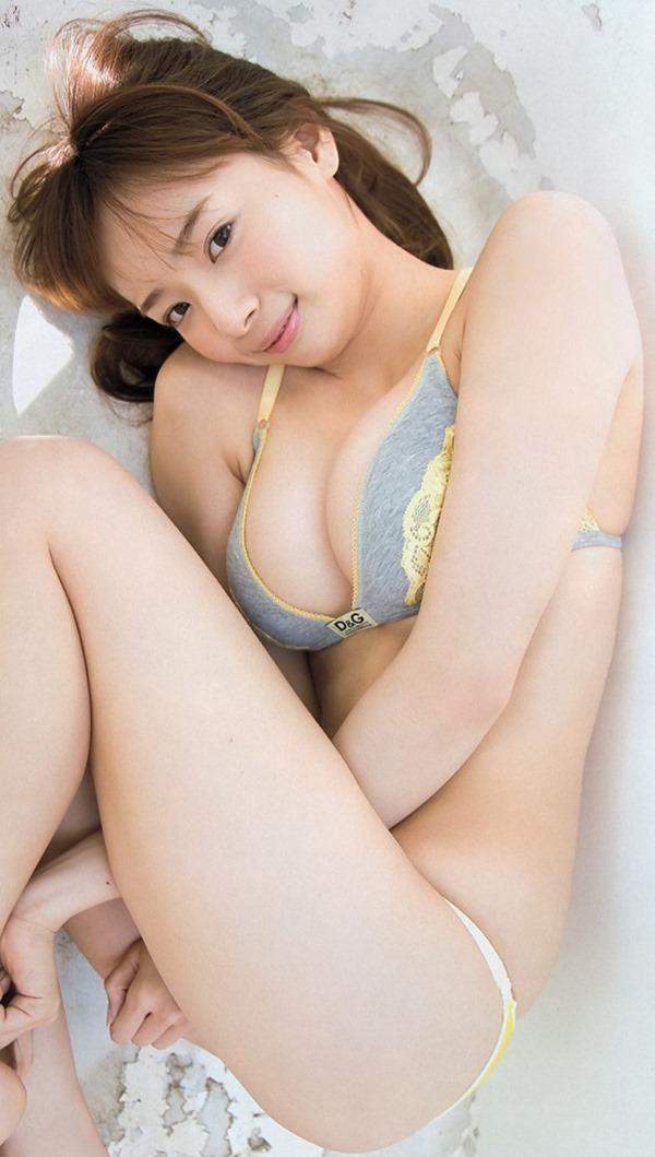 岡田紗佳10