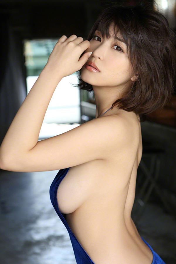 岸明日香11