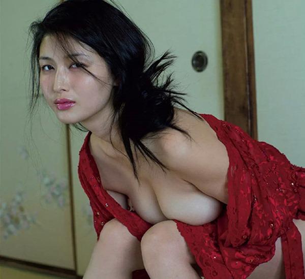 1橋本マナミ8