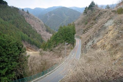 04甲武トンネルへ