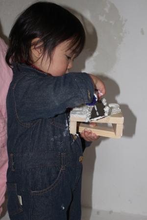 一歳児の漆喰塗