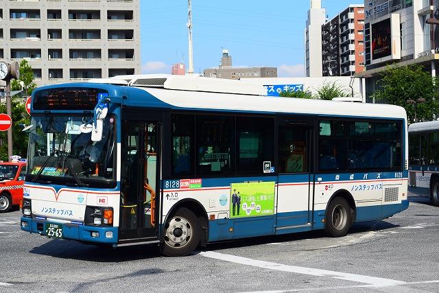 KL-HU2PMEE 京成バス 8128