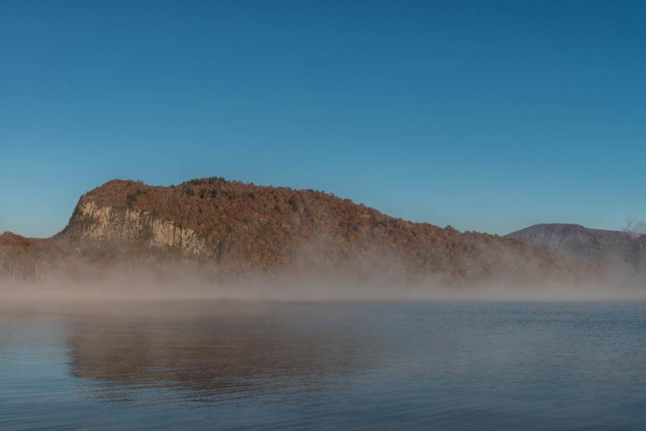 2015.10.23十和田湖の朝景7
