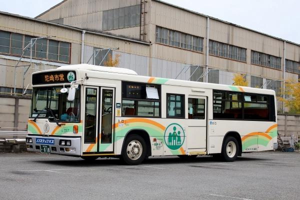 神戸200か・818 13-757