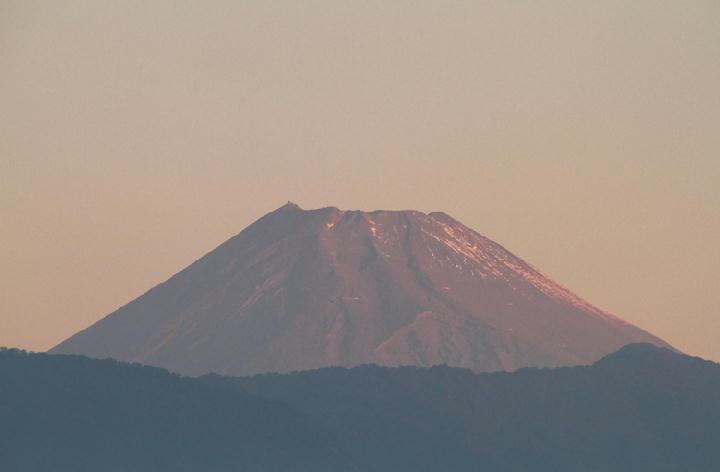 10月19日 6-03 今朝の富士山-1